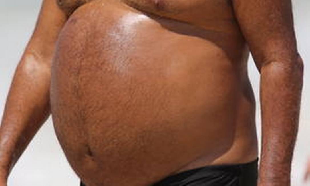 Risco de impotência aumenta em homens com mais de 94 centímetros de circunferência abdominal, principalmente depois dos 40 anos Foto: Jorge William