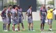Marcelo Oliveira orienta o time do Vasco. Ele ainda não definiu a dupla de ataque e aguarda por Tenório