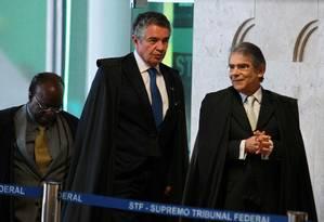 Joaquim Barbosa, Marco Aurélio Mello e Carlos Ayres Britto Foto: Agência O Globo / Ailton de Freitas