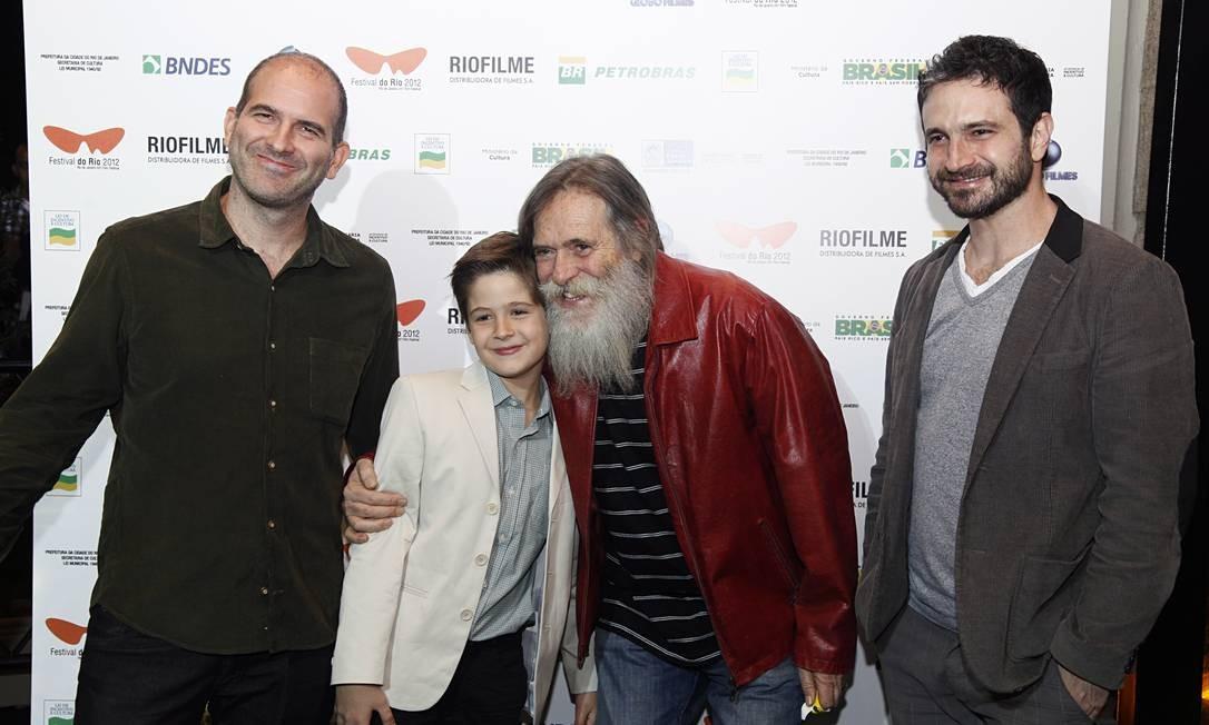 Marcos Bernstein, João Guilherme Ávila, José de Abreu e Caco Ciocler se reúnem no tapete vermelho do Odeon Daniela Dacorso