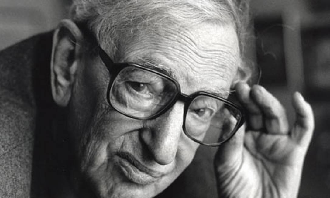 Acadêmico. Hobsbawm começou a lecionar história em 1947, no Birkbeck College da Universidade de Londres Foto: Divulgação
