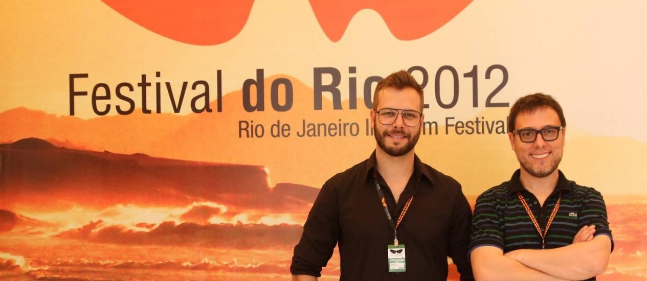"""Fausto Noro e Gabriel Gaggini, diretores do documentário sobre o """"Woodstock paulistano"""" Foto: Leo Martins / Agência O Globo"""