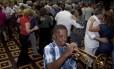 """Na pista. O """"Baile da primavera"""", realizado no Club Municipal, na Tijuca, reúne 300 convidados"""
