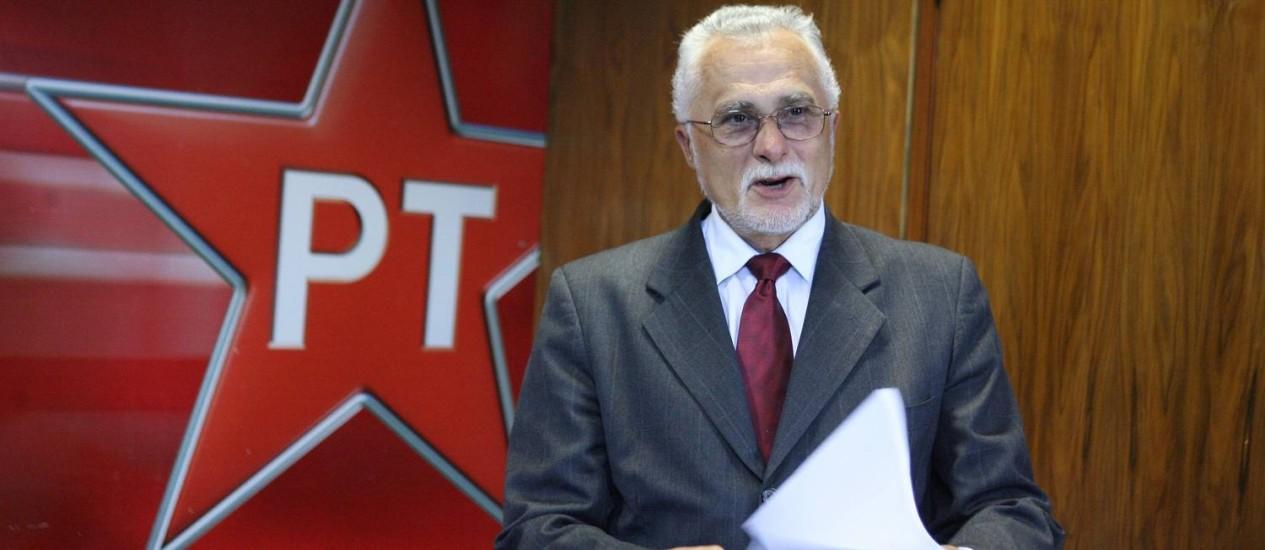 José Genoino, réu condenado por corrupção ativa Foto: Agência O Globo / Ailton de Freitas