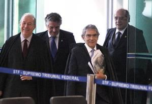 Ministros do STF entram em plenário da Corte Foto: Agência O Globo / André Coelho