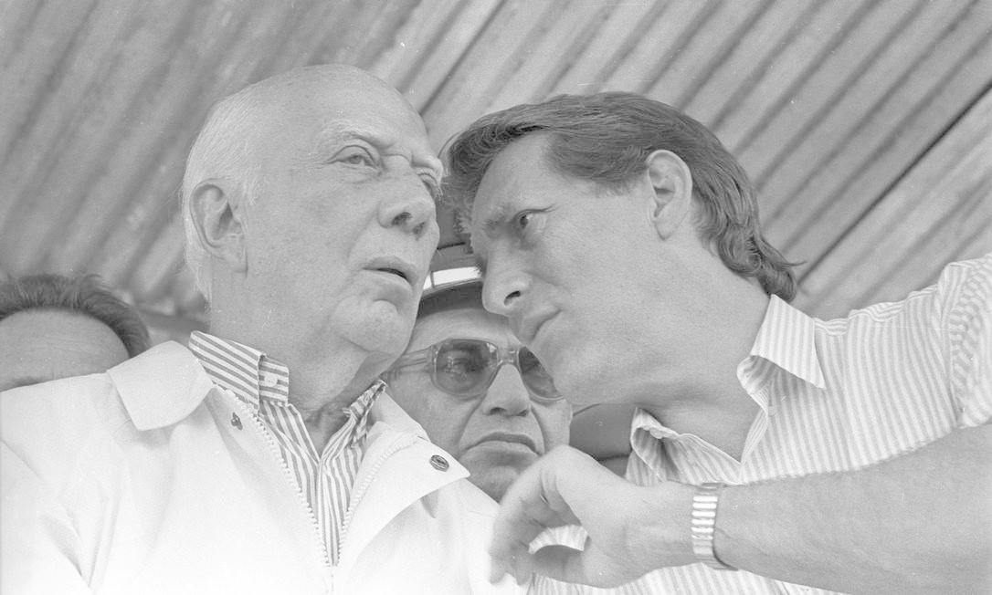 (06/05/1989) Ulysses Guimarães e Orestes Quércia em Peruíbe Foto: Arquivo O Globo