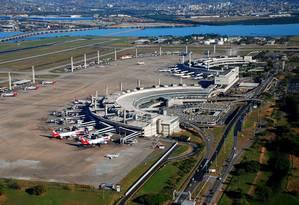Vista aérea. A concessão do Aeroporto Internacional do Galeão é um dos próximos passos do governo., mas participação dos operadores estrangeiros ainda é uma dúvida Foto: Genilson Araújo