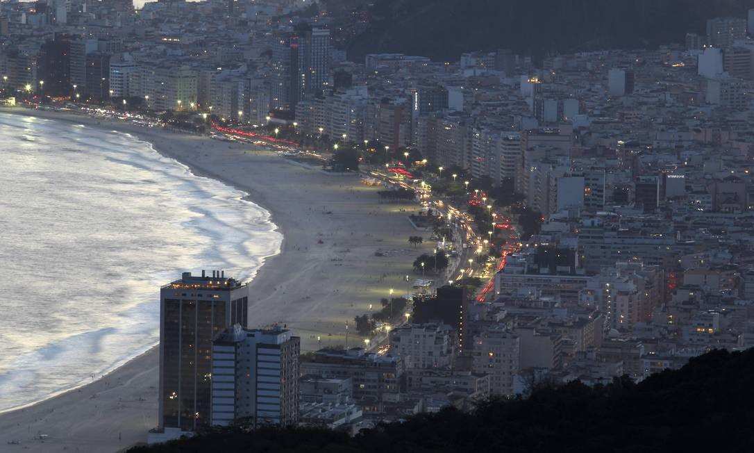 A Princesinha do Mar é um dos ângulos do Rio vistos do Pão de Açúcar Foto: Custodio Coimbra / O Globo