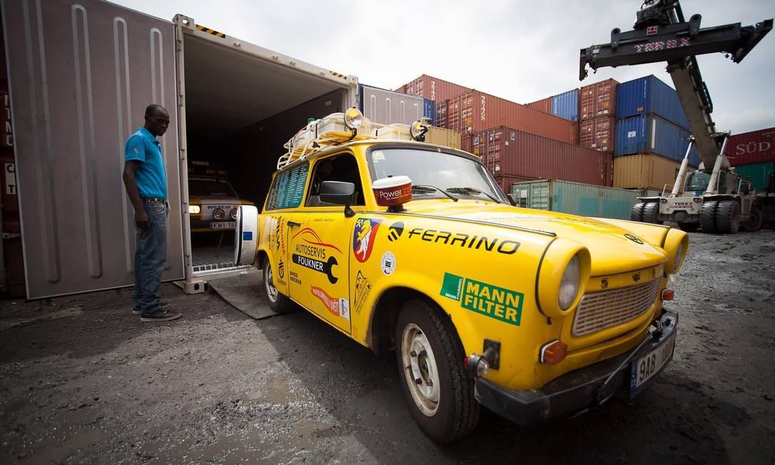 Os dois Trabant já foram usados em viagens pela Ásia e pela África Foto: Divulgação
