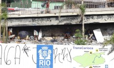 Usuários na nova cracolândia que surgiu na entrada da Ilha aproveitam tapumes da obra do Transcarioca para se esconder e consumir drogas Foto: Pablo Jacob / O Globo