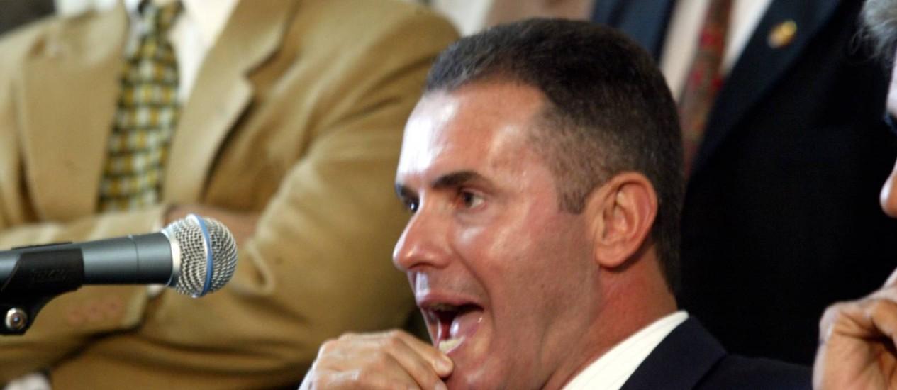 Explicações. O deputado Chiquinho da Mangueira será ouvido sobre saques feitos em nome de seu assessor morto Foto: Marcos Tristão/03-06-2003 / O Globo