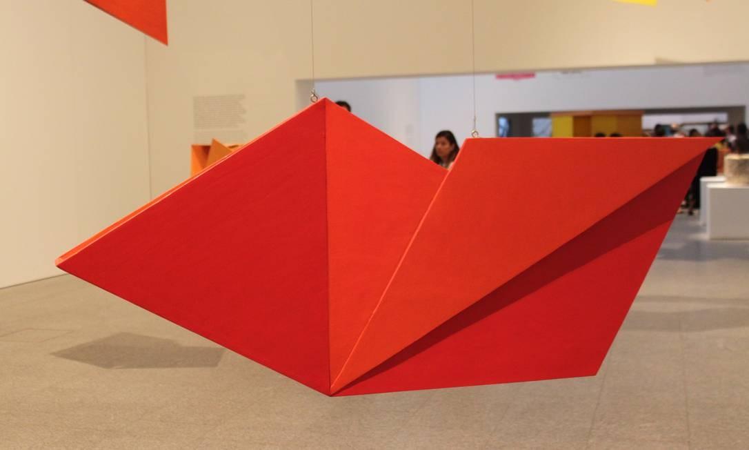 Bilateral é um dos trabalhos expostos até janeiro no Museu Coleção Berardo, que já atraiu 10 mil visitantes em apenas três semanas Foto: Jorge Antônio Barros / Agência O Globo