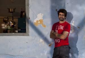"""Luiz Fernando Carvalho se inspirou na história de sua """"mãe preta"""" para criar a nova série da Globo Foto: Mônica Imbuzeiro"""