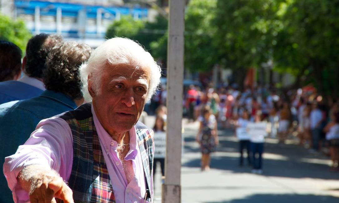 """Ao final do desfile, com olhos marejados, Ziraldo refletia: """"A vida. A vida passou muito rápido"""" Foto: Sergio Abranches"""