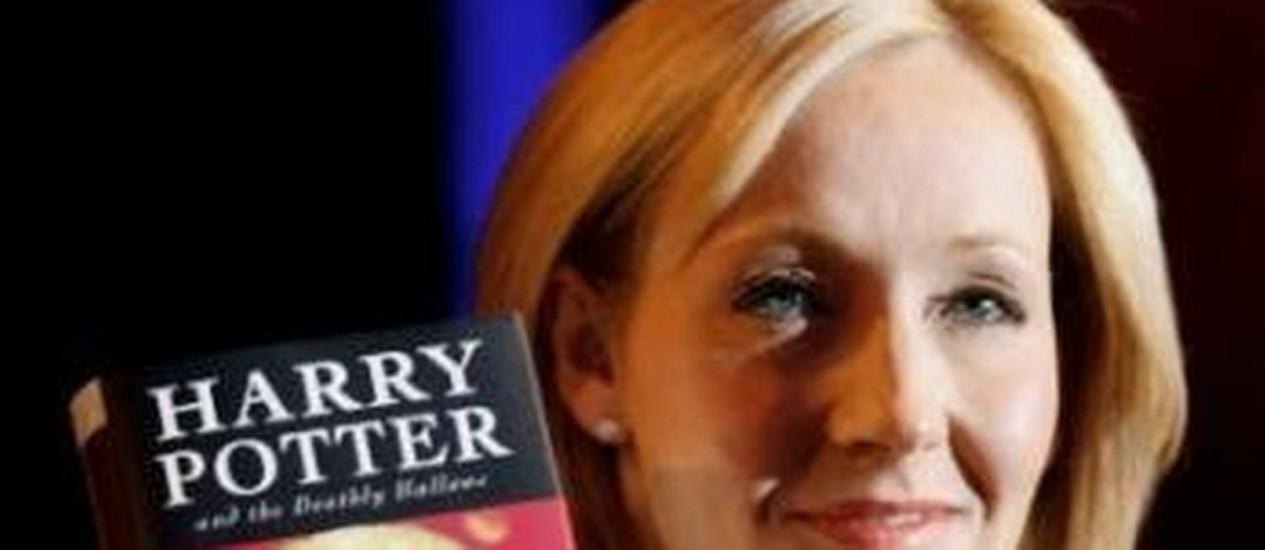 A escritora J.K. Rowling, famosa pela franquia de 'Harry Potter' foi tema de questão da prova de inglês do Enem 2012 Foto: Divulgação