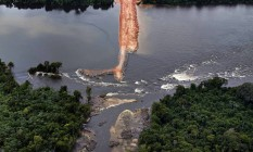 Hidrelétrica de Belo Monte: sem represa para água. Discussão é a volta de grandes reservatórios Foto: Marizilda Cruppe/EVE/Greenpeace