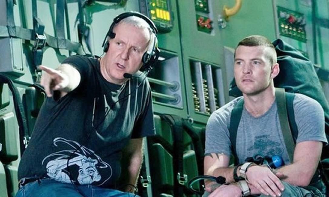 Sam Worthington (à direita), ao lado de James Cameron, nas gravações de 'Avatar Foto: / Divulgação