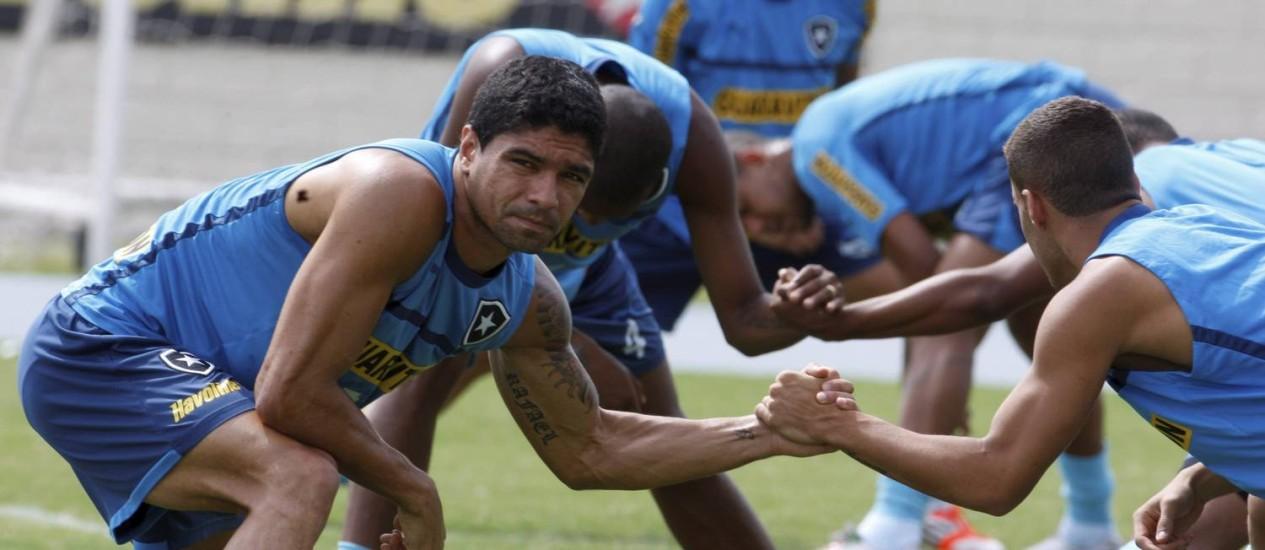 Renato garante equipe motivada nas duas últimas rodadas do Brasileirão Foto: Marcos Tristão / O Globo
