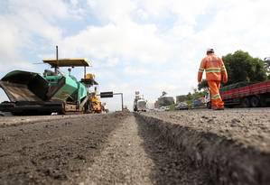 Obras de ampliação da Rodovia Fernão Dias, próximo a Guarulhos, em São Paulo Foto: WERTHER SANTANA / ESTADÃO