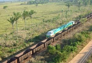 A Estrada de Ferro de Carajás tem 892 quilômetros. Nela circula o maior trem do mundo, com 330 vagões Foto: Agência Vale