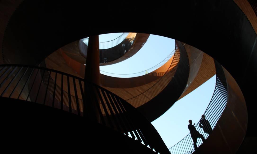 Sede da tradicional vinícola Antinori que abre em fevereiro tem projeto arquitetônico moderno e arrojado Foto: Bruno Agostini / O Globo
