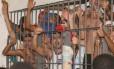 Cela superlotada em Maceió, cenário que se repete nas principais unidades prisionais do país