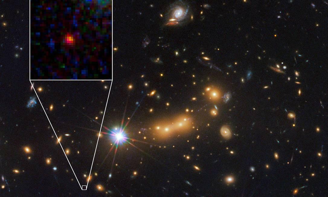 Imagem do telescópio espacial Hubble mostra a galáxia distante, ampliada no detalhe Foto: Nasa/ESA