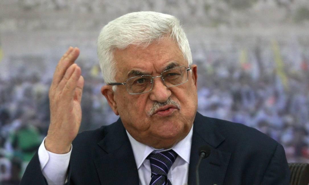 Mahmoud Abbas em um encontro com líderes palestinos na Cisjordânia Foto: AP