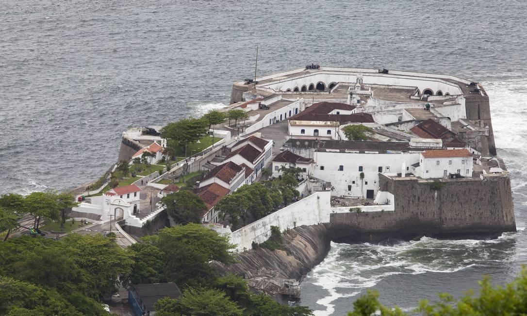 História preservada. Fortaleza de Santa Cruz foi a primeira construção erguida para proteger a Baía de Guanabara Foto: Daniela Dacorso