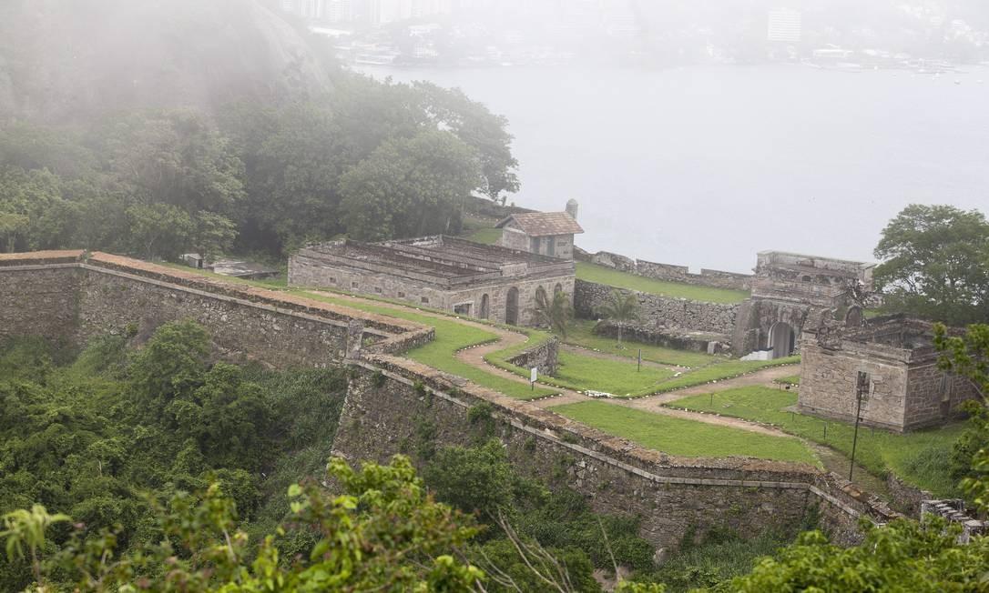 Os fortes de São Luiz (foto) e do Pico foram erguidos no século XVIII Foto: Daniela Dacorso / O Globo