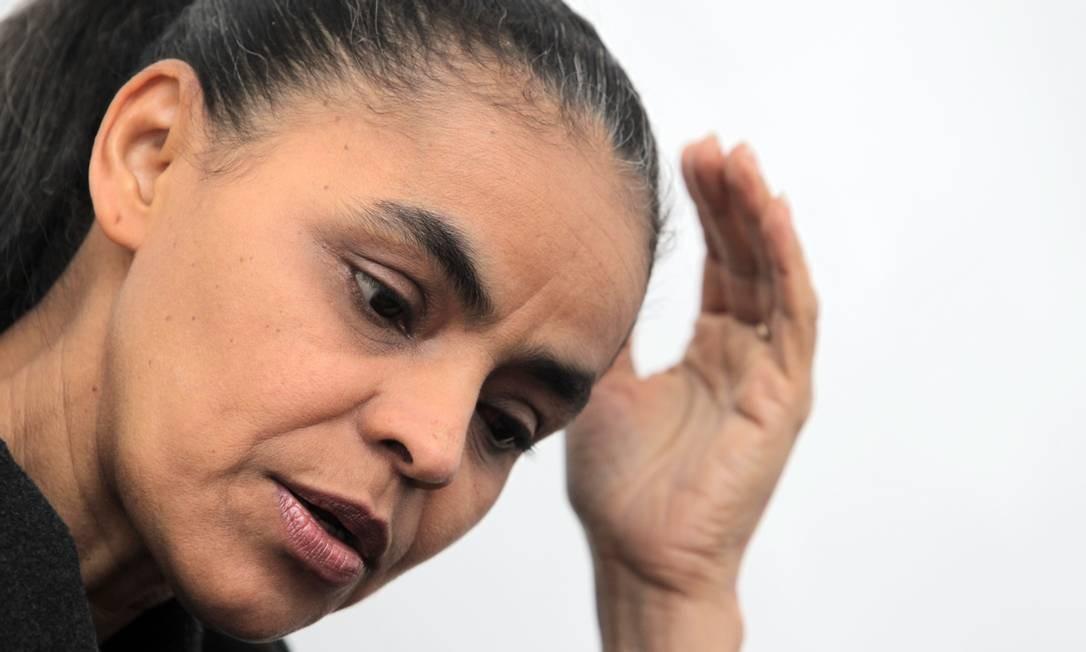 """À margem, Marina critica partidos: """"Precisamos de políticas de longo prazo"""" Foto: Eliária Andrade/7-7-2011"""