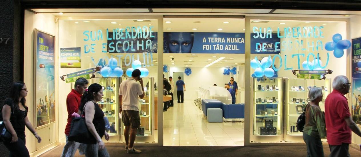 Promoção 'Infinity Day' foi suspensa pela Anatel na semana passada Foto: Jorge William / Agência O Globo