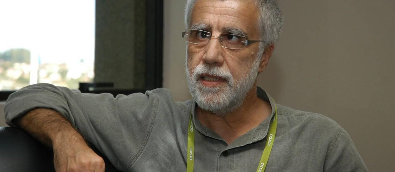 """O educador português José Pacheco, ex-diretor da Escola da Ponte, onde não há provas nem divisão por séries: """"É preciso uma ruptura, em busca de uma nova escola"""" Foto: fotos de divulgação"""