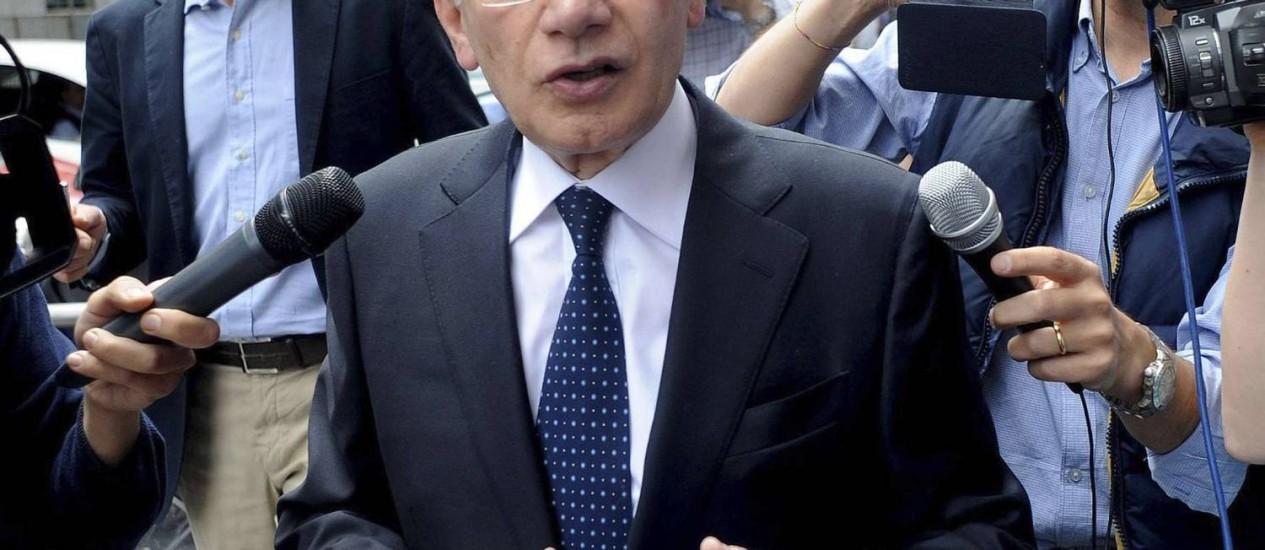Giuseppe Spinelli, contador de Berlusconi: seis homens foram presos pela tentativa de vender documentos ao ex-premier Foto: Reuters