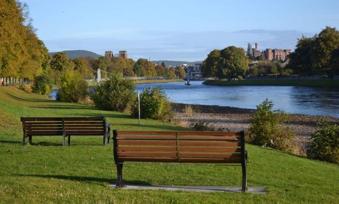 A bela Inverness é a melhor base de apoio para quem viaja pelas Highlands Especial para O Globo / Mari Campos