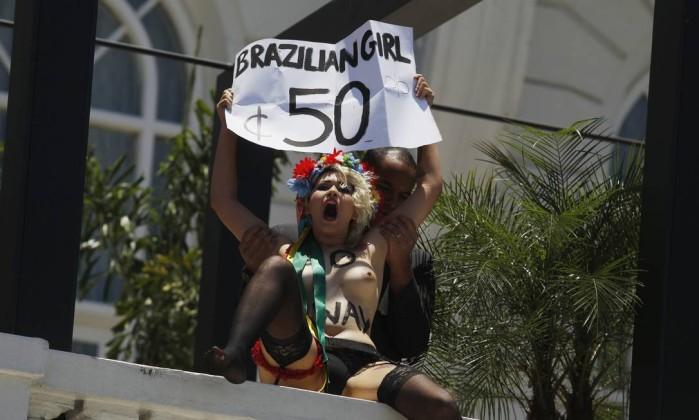 As manifestantes disseram temer que a Copa e as Olimpíadas aumentem o turismo sexual para o Brasil Pilar Olivares / Reuters