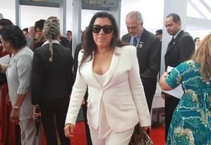 A atriz Regina Casé, quando chegava ao STF, para a posse do ministro Joaquim Barbosa Foto: O Globo / Givaldo Barbosa