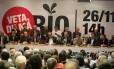 O governador Sérgio Cabral comanda ato preparatório para passeata