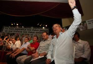 O ex-ministro José Dirceu participou do ato ao lado de José Genoino e João Paulo Cunha, em Osasco Foto: Manoel Marques / O Globo