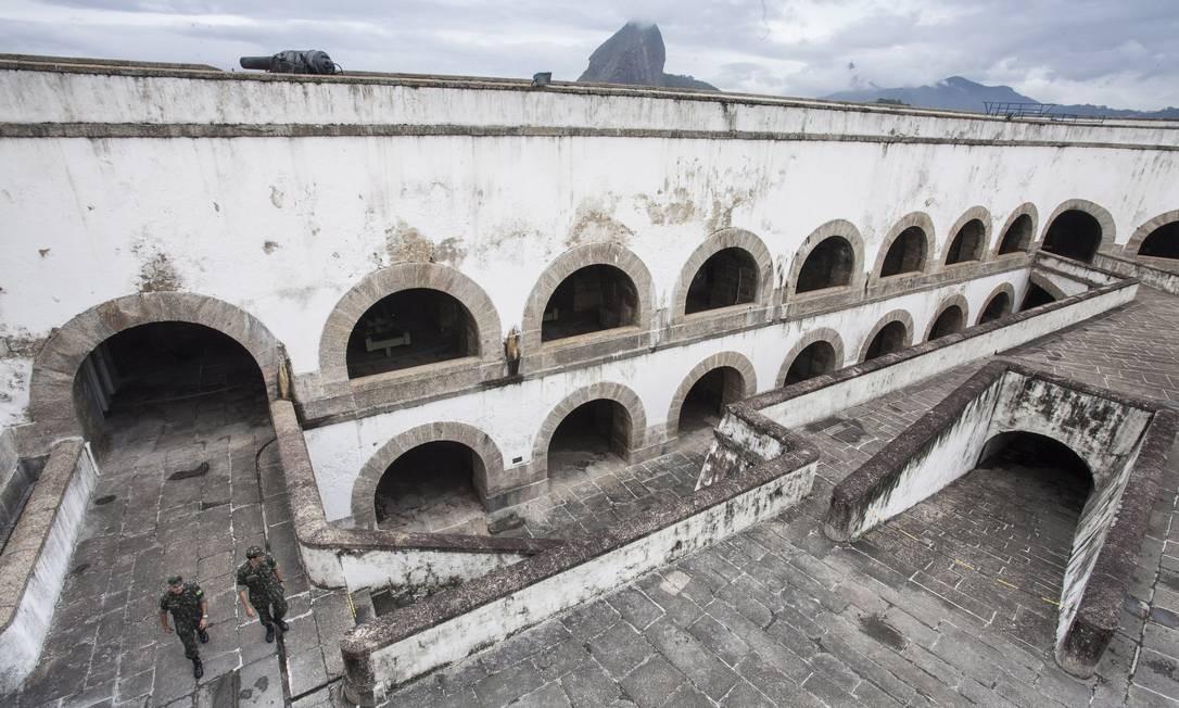 Casamatas da Fortaleza de Santa Cruz. Construção tem 400 anos Foto: Daniela Dacorso / O Globo