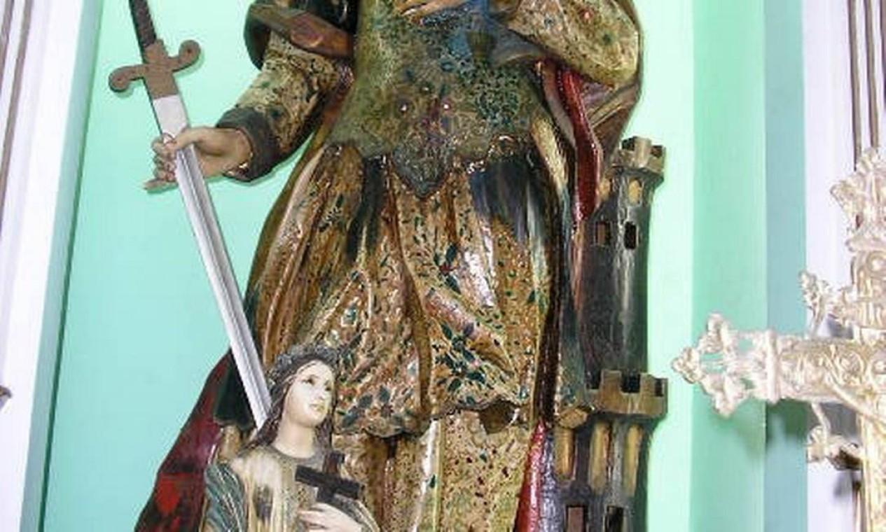 A imagem tem 1,73m de altura, data do início do século XIX e é feita em madeira de fatura portuguesa Foto: Milton Teixeira / Divulgação