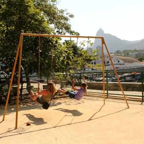 É hoje. A Praça Cacilda Becker será palco de oficinas, shows e exposições, entre outras atividades Foto: Bia Guedes / 27-2-2011