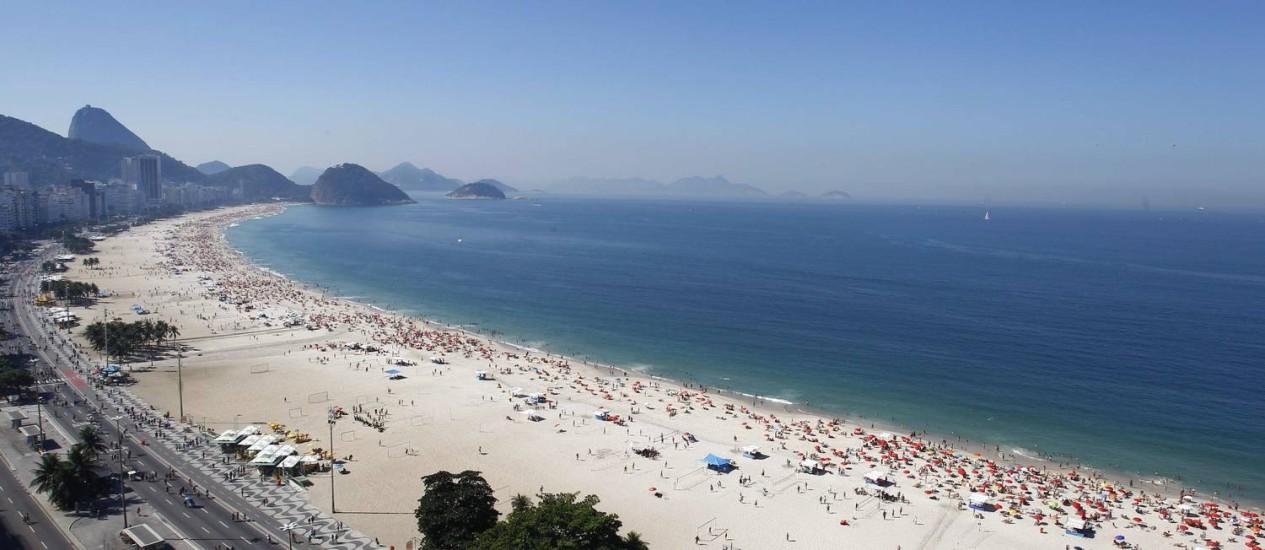 Orla de Copacabana. O cenário que foi escolhido pela organização da Jornada Mundial da Juventude para encenar as 14 estações do martírio de Cristo Foto: Pablo Jacob/1-7-2012 / O Globo