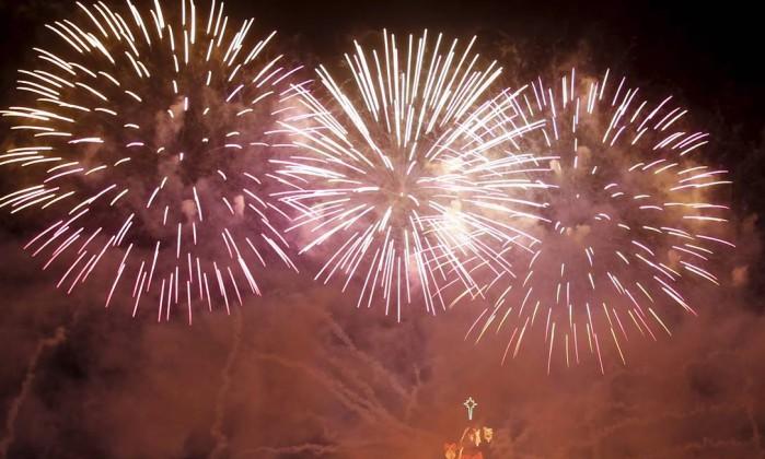 Neste ano, a iluminação da árvore de Natal da Lagoa é inspirada nas quatro estações O Globo / Marcelo Carnaval