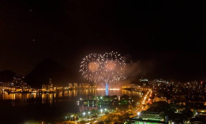 Moradores do entorno da Lagoa também registraram o momento Foto da leitora Dione Fialho Gonzalez / Eu-Repórter