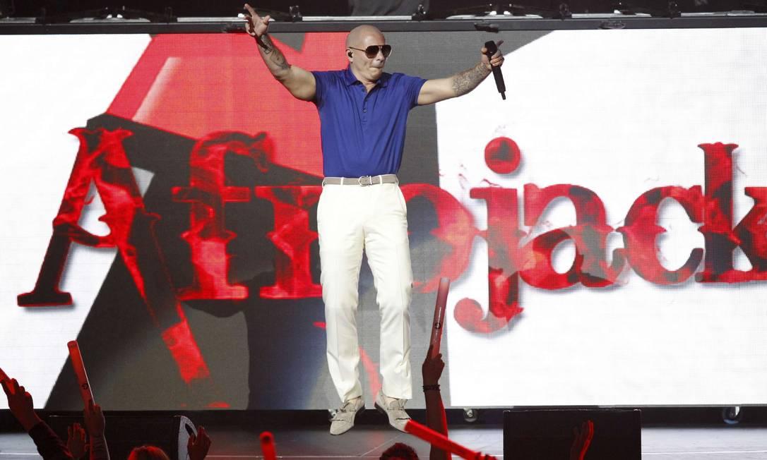 Apresentação em 3 de dezembro foi o segundo dia do evento, que também foi realizado no sábado passado. Na foto, o rapper Pitbull. Reuters
