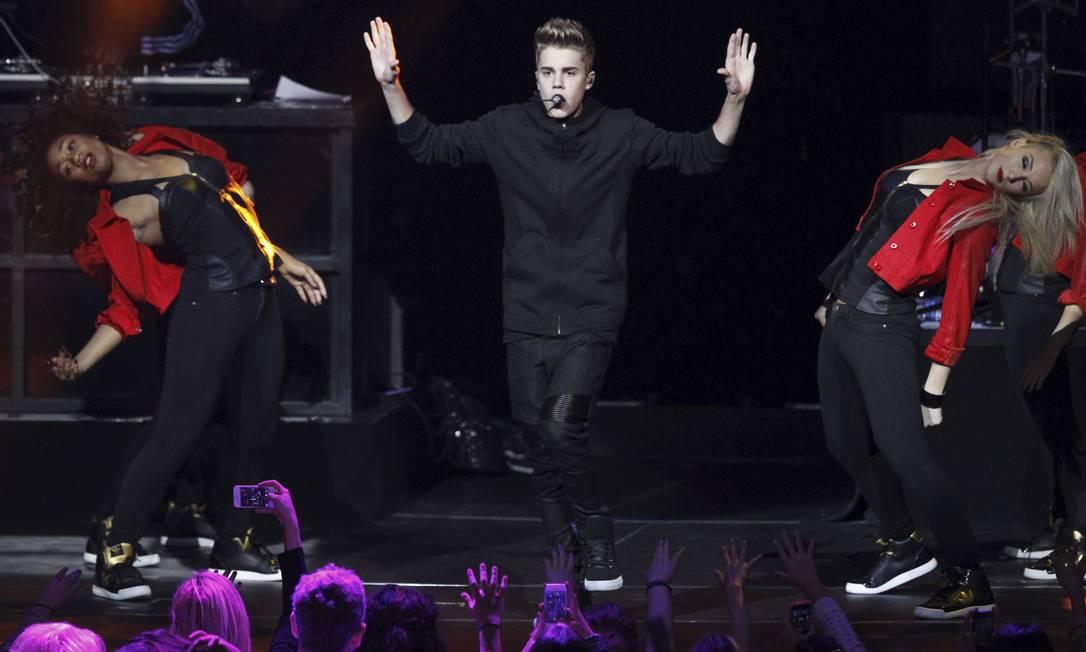 Justin Bieber foi o destaque do KIIS-FM Jingle Ball concert, na segunda-feira em Los Angeles Reuters