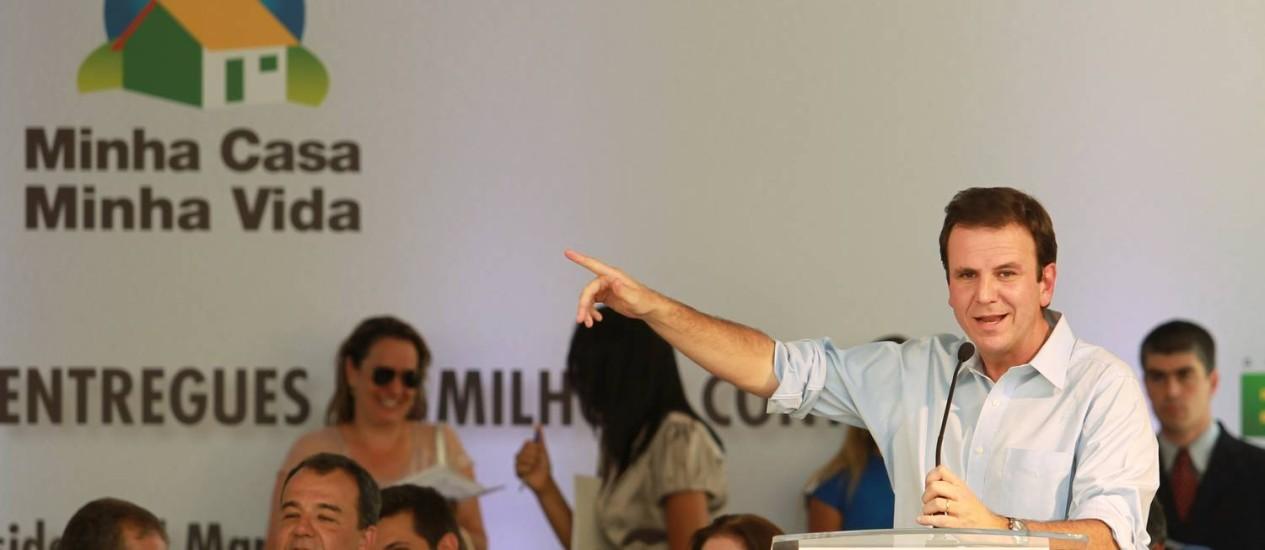 Prefeito Eduardo Paes anuncia que imóveis do Projeto Minha Casa, Minha Vida na Mangueira serão entregues mobiliadas e com eletrodomésticos Foto: Gabriel de Paiva / O Globo