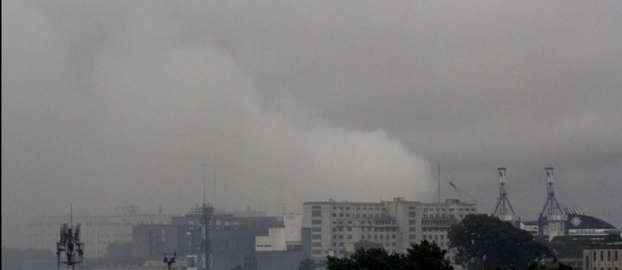 A nuvem que subia do porto de Buenos Aires: população ficou assustada Foto: La Nación