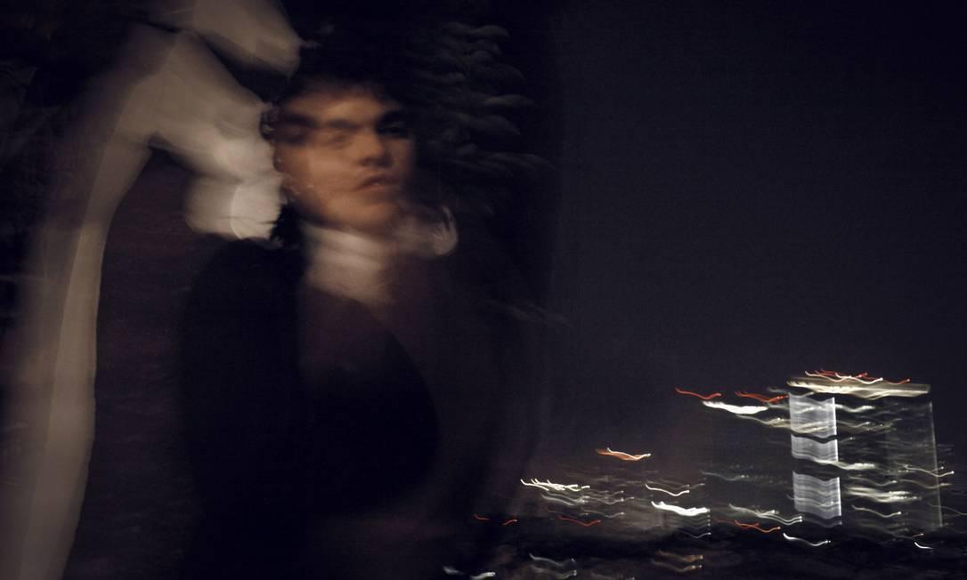 Foco diferente . Influenciado por músicos de vanguarda como John Cage e Murray Schafer, Tenório prioriza os climas em suas composições Foto: Divulgação